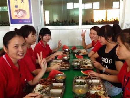 电路板厂之厦大食堂办自助餐