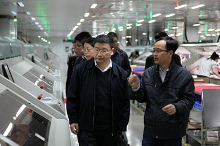 工信部电子五所专家来访电路板厂--赣州深联调研指导