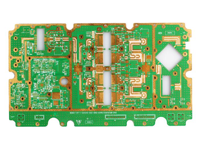 1、顶级高频材料资源,让您的产品赢在根本 世界顶级高频材料商Rogers, taconic, Arlon, Nelco, Isola的 长期战略合作伙伴 可为通讯行业客户提供最优质的材料与相关资源,从根本上控制产品品质 2、自有全套通讯电路板生产设备,为您降低外包生产风险 专为通讯行业配备Plasma等离子除胶机,超长板平行曝光机,曝光长度可达2M 专为通讯行业引进业内少见的表面处理生产线:镀银,镀锡,沉银,沉锡  3、领先工艺能力,满足通讯PCB制板需求 成熟混压技术:FR4+PTFE,FR4+